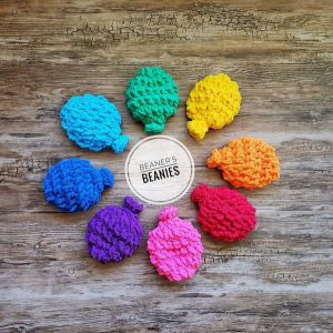 water balloon alternatives, reusable water balloon made with wool on Vancouver Island by Beaner's Beanies