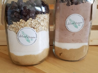 Jars of premade cookie mixes, handmade in Courtenay Vancouver Island and Hornby Island - Island Reveries