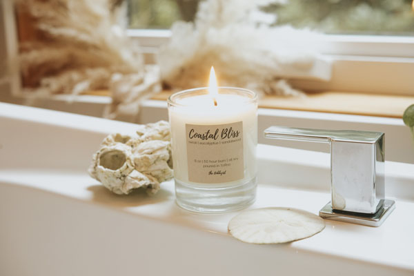 soy candle 'Coastal Bliss' poured in Canada in Tofino B.C. by Tofino Hobbyist