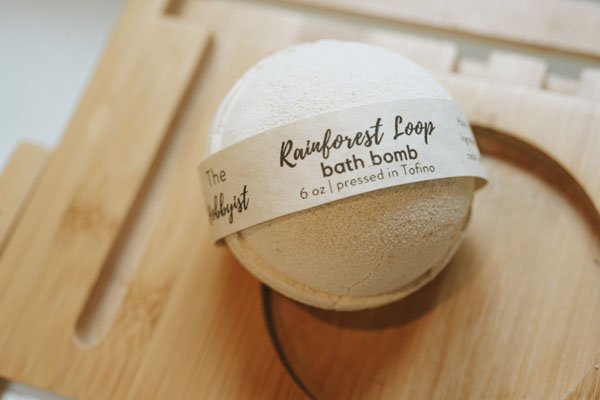 Artisan natural bath bombs made in Canada on Vancouver Island by Tofino Hobbyist