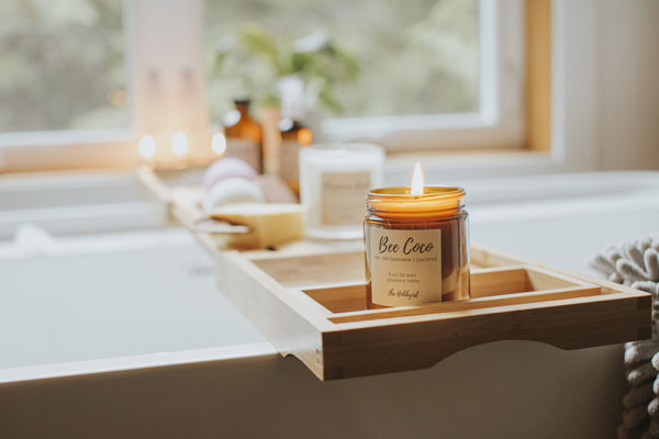 Candle made from Vancouver Island beeswax and coconut, made in Tofino B.C. Canada