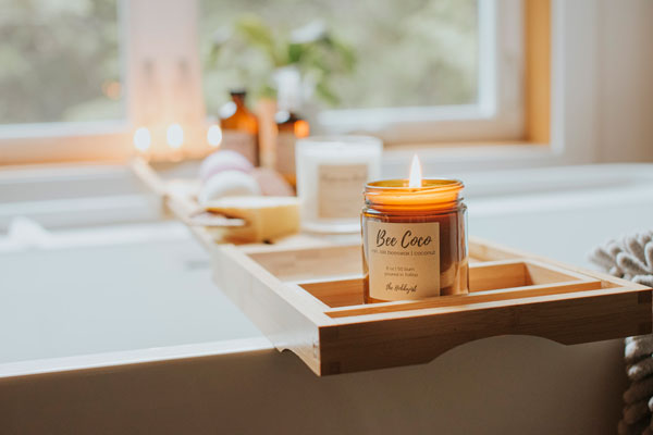 fragrance free Candle made from Vancouver Island beeswax and coconut, made in Tofino B.C. Canada