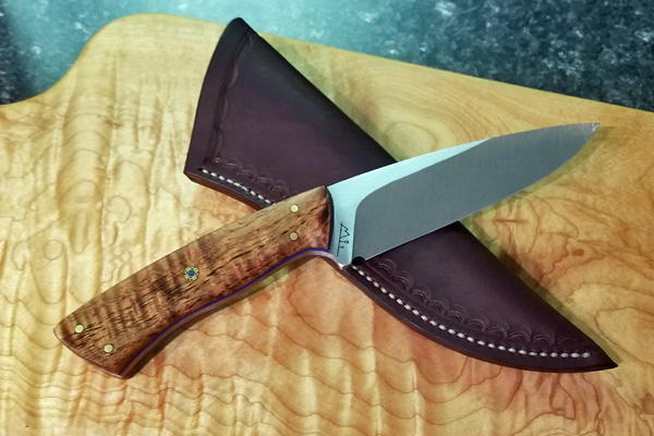 handmade knife and sheath made on Vancouver Island in the Comox Valley by Beval Forge