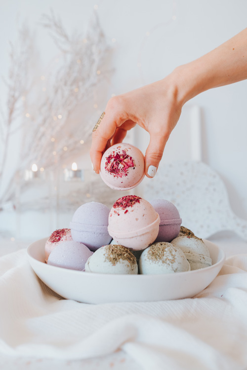 natural bath bombs locally hand made in Nanaimo Canada on Vancouver Island by Matka