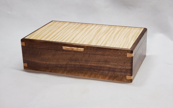 handmade wood box made in Victoria Canada on Vancouver Island by Naturally Wood