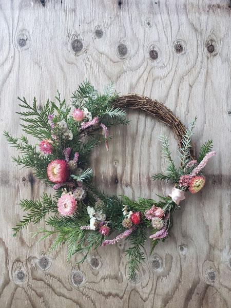 seasonal fresh wreaths made on Vancouver Island in Ladysmith by Nobul Farms