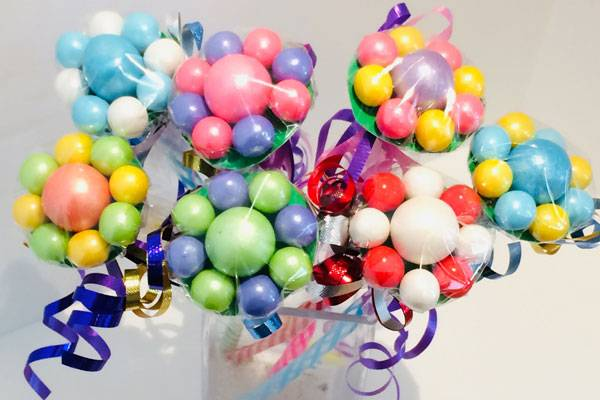 gumball flowers for kid's birthday party assembled by Vancouver Island favour maker