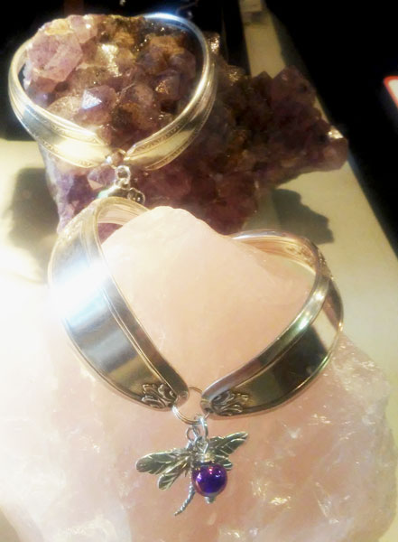 dragonfly pendant sold in Qualicum Beach store Sea Thrift