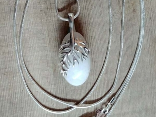 heart pendant necklace jewelry with Vancouver Island seaglass, made in Victoria